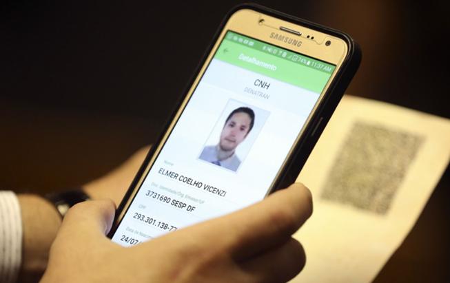 Inovao-digital-para-CNH-entra-em-vigor-em-fevereiro-de-2018