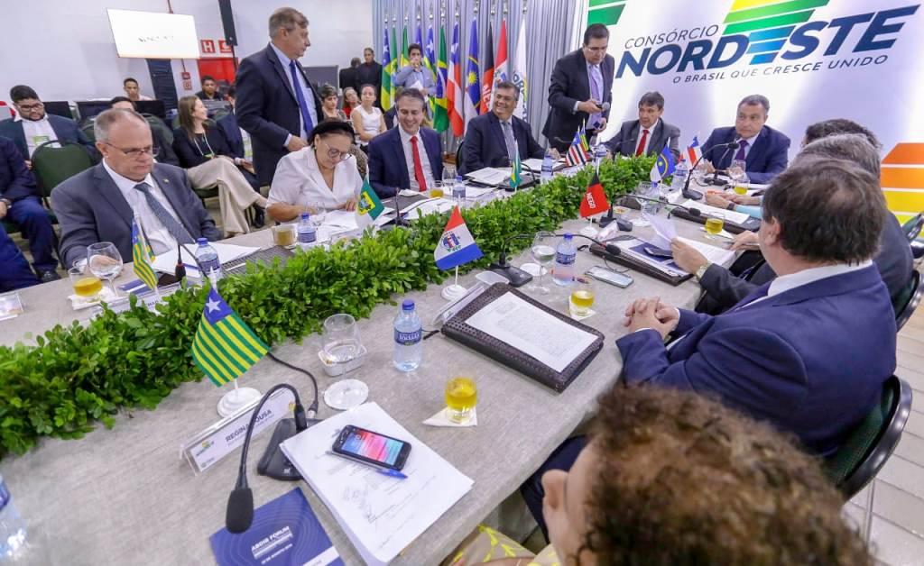 Governadores-do-Nordeste-demonstram-preocupao-com-privatizaes