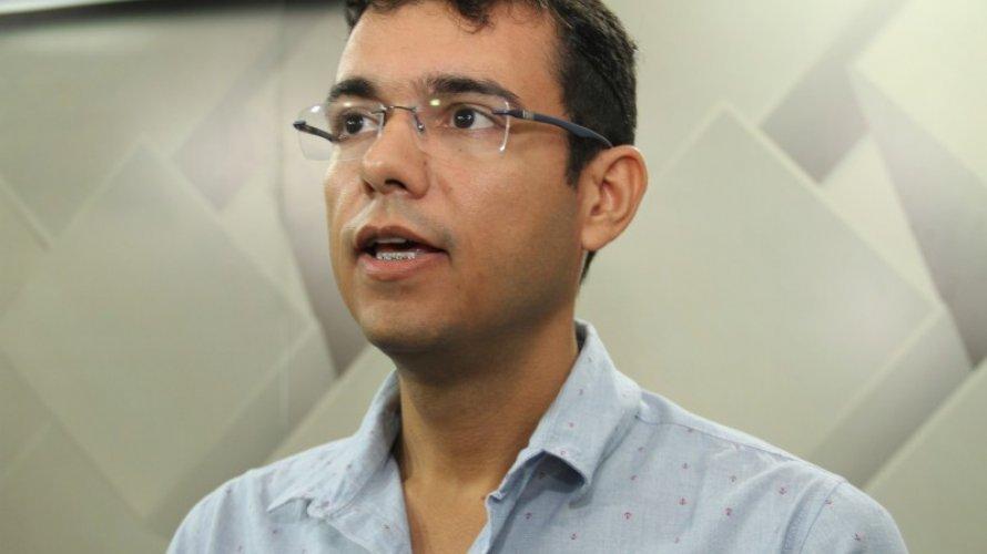 Serra-do-Ramalho-aps-exonerar-secretrios-prefeito-nomeia-a-me