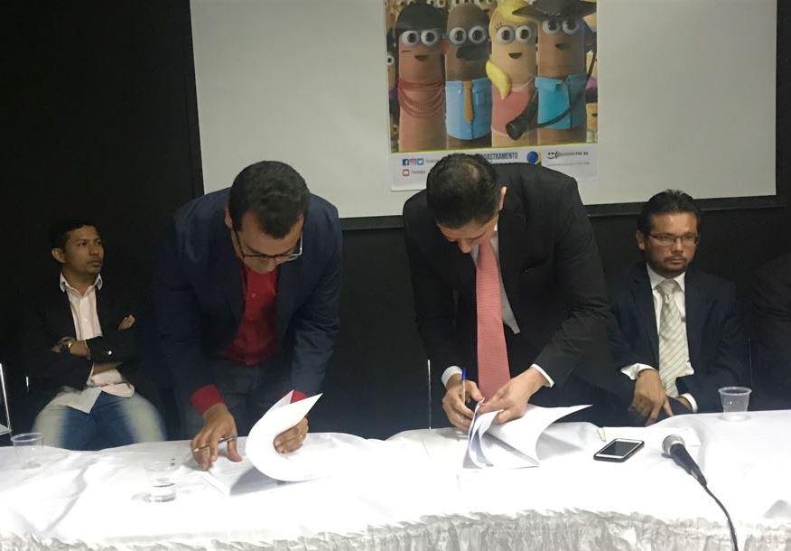 So-Gabriel-ratifica-parceria-com-TRE-BA-para-cadastramento-biomtrico-dos-eleitores