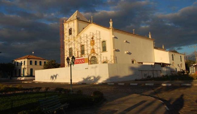 Rio-de-Contas-reabre-igreja-e-teatro-restaurados