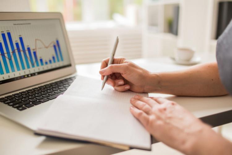 Cursos-online-gratuitos-ajudam-a-planejar-finanas-pessoais