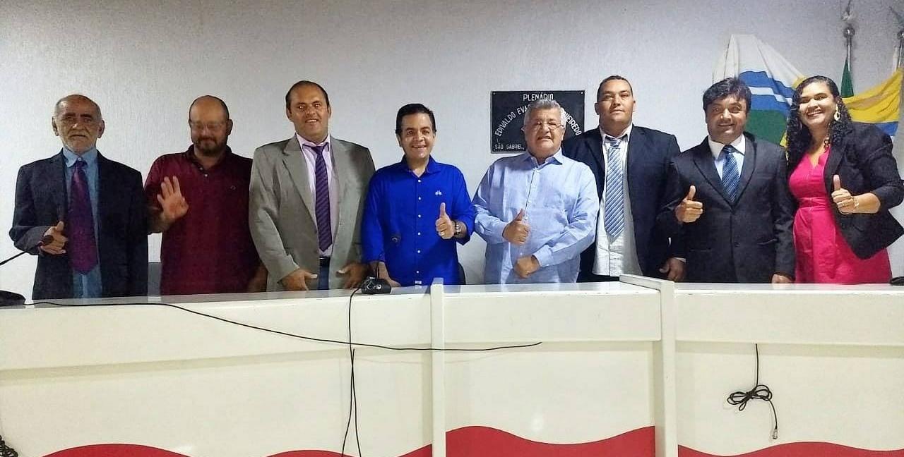 Bacelar-visita-semirido-baiano-e-refora-compromisso-com-a-regio