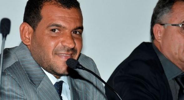 Irec-vereador-Luciano-admite-convite-para-ser-secretrio-do-Governo-Elmo-Vaz