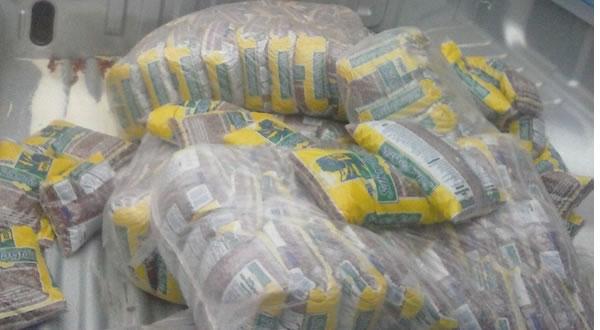 Teixeira-de-Freitas-Merenda-escolar-era-desviada-e-vendida-em-supermercados