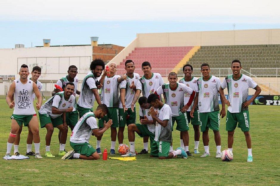Ttulo-do-Bahia-classifica-Juazeirense-para-a-Copa-do-Nordeste