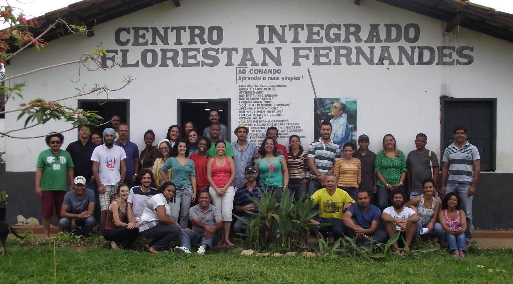 Primeiros-especialistas-em-Agroecologia-pelo-Pronera-recebem-ttulos