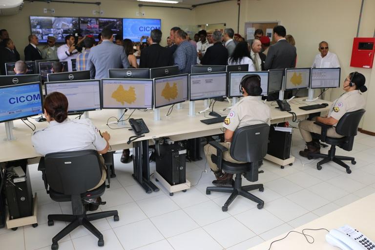 Centro-de-Comunicaes-de-Irec-o-14-instalado-na-Bahia