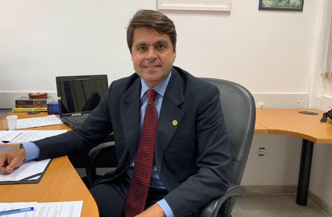 Paulo-Cmara-prope-Semana-Estadual-de-louvor-Irm-Dulce
