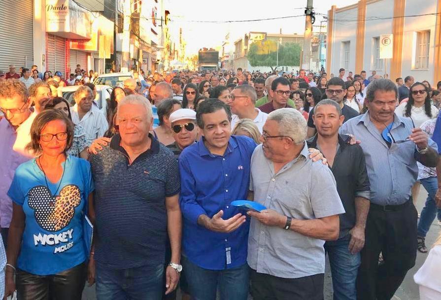 Parceria-de-84-mil-votos-Luizinho-Sobral-e-Z-Carlos-da-Cebola-oficializam-aliana