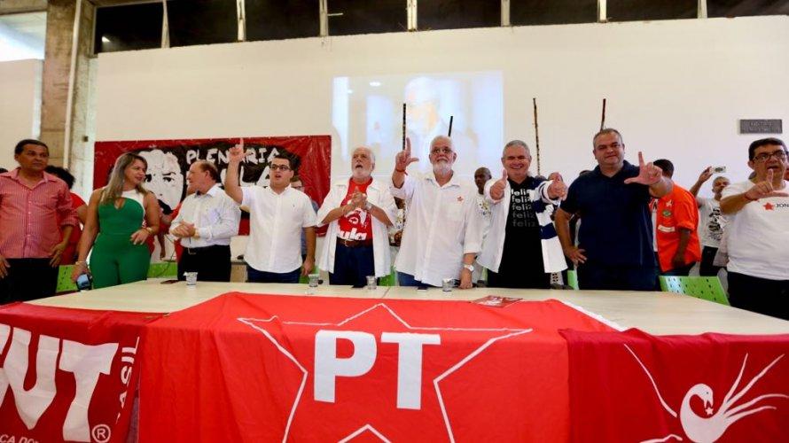 A-ala-do-meu-caixo-tem-mais-votos-do-qualquer-um-diz-Lula-sobre-o-Plano-B
