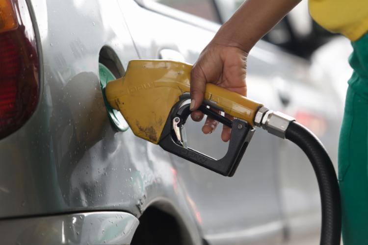 Preo-de-gasolina-e-etanol-sobem-na-Bahia-contrariando-estabilidade-nacional