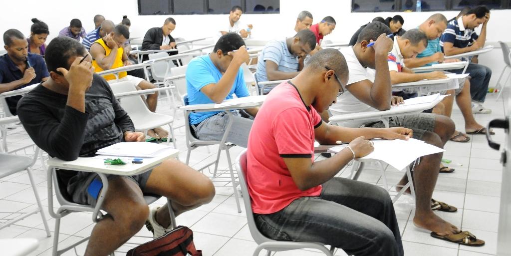 Prefeitura-de-Alagoinhas-abre-concurso-com-69-vagas