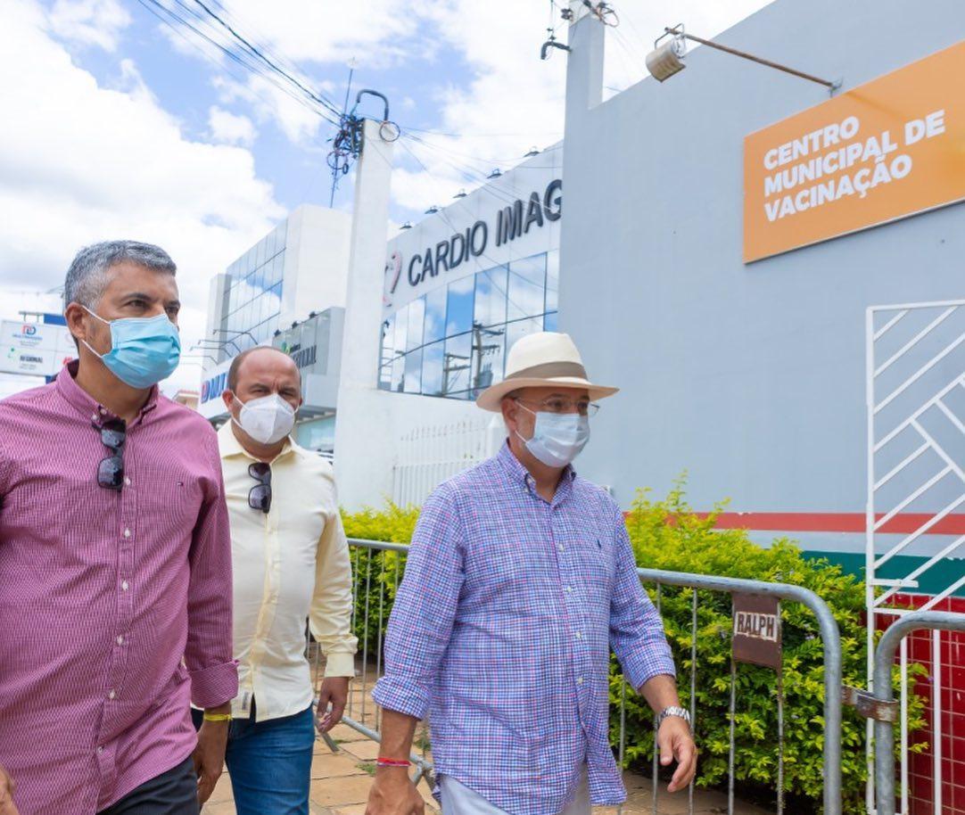 Irec-adere-ao-consrcio-nacional-para-aquisio-de-vacinas-contra-o-coronavrus