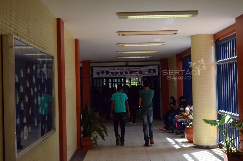 Secretaria-de-Educao-far-pagamento-direto-aos-terceirizados