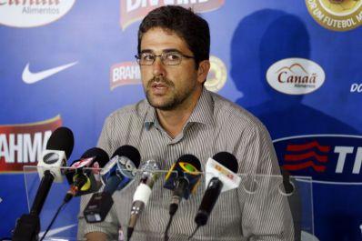 Bahia paga parte dos salários atrasados aos jogadores