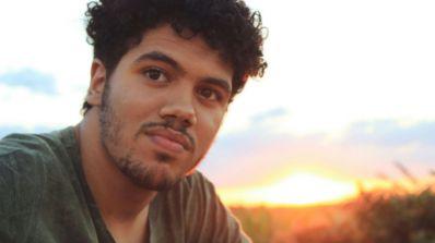 De Ibititá para o mundo: Yan Paiva lança álbum 'Atlas' no Spotify e Deezer