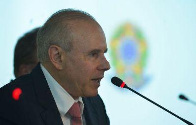 Salário mínimo será R$ 779,79 em 2015, calcula governo