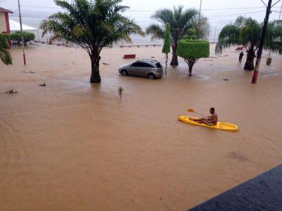 Chuva causa transtornos em cidades do interior da Bahia