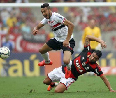 Insatisfeita, torcida do Flamengo critica jogadores e diretoria