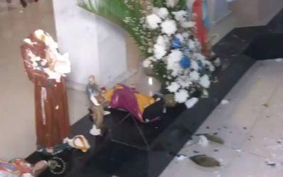 Homem sofre surto e destrói imagens da Paróquia São Francisco