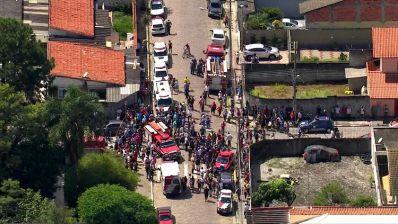 Atentado a tiros deixa oito mortos em escola de Suzano