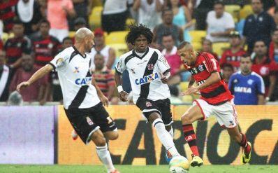 Flamengo arranca empate com o Vasco e conquista o Estadual