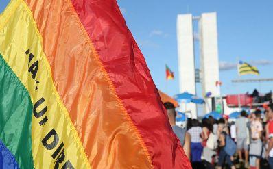 Justiça autoriza psicólogos a oferecer terapia de reorientação sexual