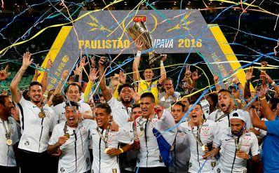 Corinthians vence o Palmeiras nos pênaltis e fica com título