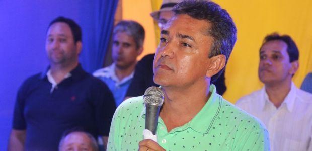 Multidão diz 'SIM' à pré-candidatura de Birinha em Uibaí