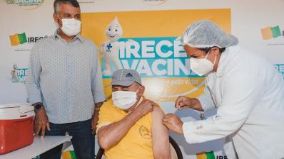 Na luta contra a covid-19, Irecê já vacinou 78% do público-alvo com 1ª dose