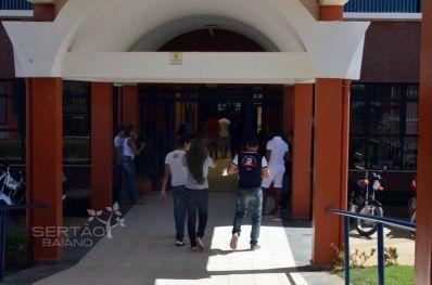 Drama das escolas estaduais tem novo capítulo em Irecê