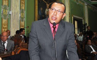 Prisco reassume mandato na Câmara Municipal de Salvador