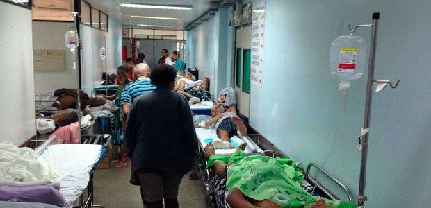 Corpo é colocado em banheiro onde pacientes tomam banho no Roberto Santos