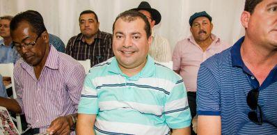Cafu Barreto dá boas-vindas à comitiva governista