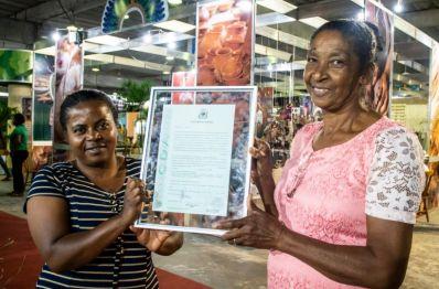 Comunidade Quilombola de Seabra recebe título de terra