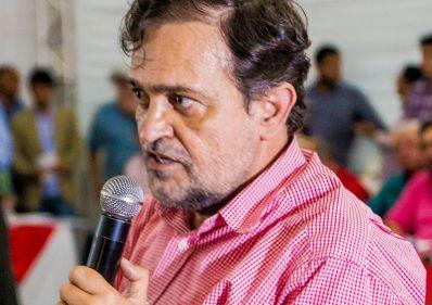 """Pinheiro """"alfineta"""" ex-presidente estadual do PT"""