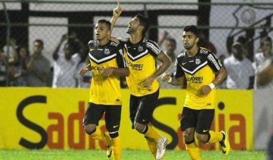 Santos vence o Bahia e conquista 2ª vitória no Brasileirão