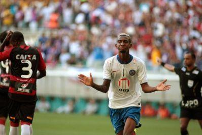 Favorito ao título, Bahia domina lista de melhores do Baianão 2014