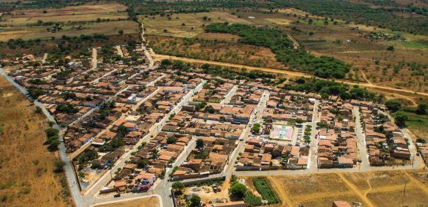 Irecê, 83 Anos: Prefeitura inaugura pavimentação completa do Bairro São Francisco