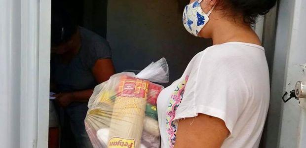 Ibititá: para garantir comida na mesa das famílias, Prefeitura distribui 6300 kits e cestas básicas