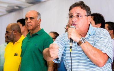 """Em Irecê, Geddel critica """"segregação social"""" levantada pelo PT"""