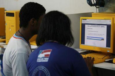 Rede estadual de ensino realiza a renovação da matrícula para 2018