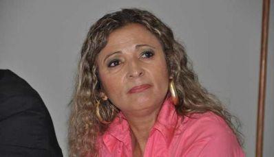 "Vereadora se arrepende de chamar manifestante de ""bicha louca"""