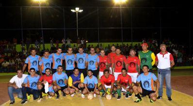 Comunidade prestigia reinauguração de quadra poliesportiva em São Gabriel