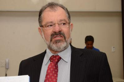 Marcelo Nilo diz que Wagner errou ao escolher Leão