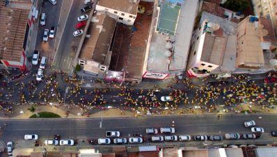 Irecê: Elmo Vaz realiza caminhada da Rodoviária à Boa Vista