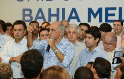 União das oposições é oficializada em ato que reúne mais de mil pessoas