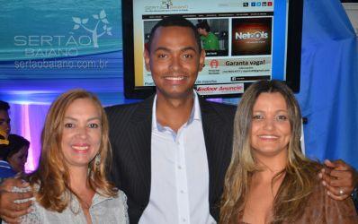 Amigos, empresários e políticos prestigiaram lançamento do Sertão Baiano