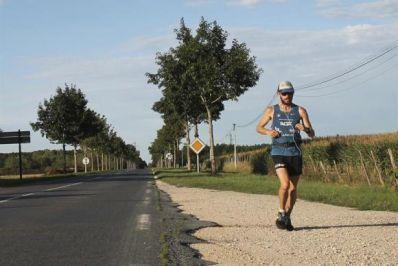 Brasileiro cruza a Europa correndo em campanha contra a obesidade
